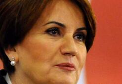 Meral Akşenerin attığı SMS MHPyi karıştırdı
