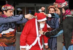 Noel Babanın başına silah dayadılar