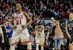 Bulls son saniye basketiyle güldü
