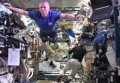 Uzayda Mannequin Challenge yaptılar