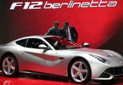 740 HPlik Ferrari F12berlinetta Sohbaharda Geliyor