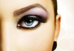 Şık ve seksi göz makyajı nasıl olmalıdır