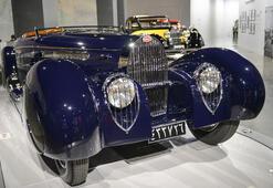 Klasik otomobil severler bu haber tam size göre... Bugatti otomobil sergisi açıldı