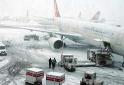 Kar yağışı sebebiyle bu gece iptal edilen uçuşlar