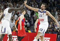 CSKA Moskova mağlubiyete rağmen zirvede