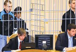 Muhalif Belaruslar AB'nin ortasında kurşuna dizildi