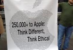 Apple karşıtları sahnede