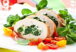 Çocuklar için yılbaşı yemekleri -Sebzeli tavuk sarma-
