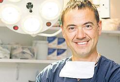 Tıp dünyası Türk  cerrahı konuşuyor