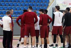 Skorer maça çıkmama kararını duyurdu, Trabzonspor yönetimi ödemeleri yaptı