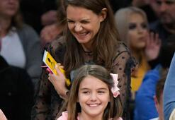 Basketbol tutkunu anne-kız
