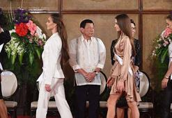 Kainat Güzeli adayları Filipinler sarayında