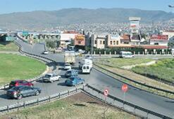 Forum Bornova'da trafiğe çözüm planı