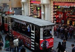 Sephora yeni yıl coşkusu, Nostaljik İstikal Beyoğlu Tramvay'ında