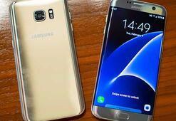 Galaxy S7 edgede pembe çizgi sorunu