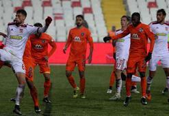 Sivasspor - Medipol Başakşehir: 0-0