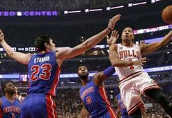 Ersanlı Detroit 4 kez uzatmaya giden maçta Chicago Bullsu mağlup etti