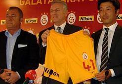 Galatasaraya dev sponsor