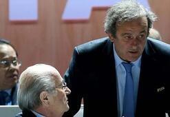 Blatter ve Platini 8 yıl futboldan men edildi