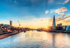 Thames Nehri plastikle boğuşuyor