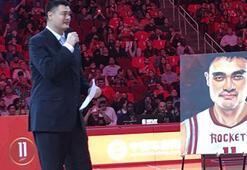 Yao Mingin forması emekliye ayrıldı