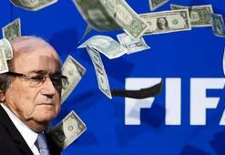 Blattere bir darbe de Adadan