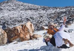 Birleşik Arap Emirliklerine kar yağdı