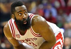 James Harden, Houston Rocketsı galibiyete taşıdı