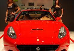 Ferrarinin Facebook'taki Fan Sayısı 8 Milyonu Geçti