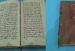 Tarihi kitabı 4 milyon dolara polise satmak isterken yakalandı