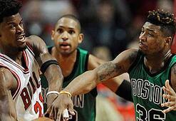 Bulls son saniyede kazandı