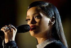 Rihanna bunu da başardı