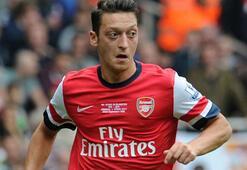 Mesut Özil Premier Ligde ilk yarının en çok asist yapan futbolcuları arasında yer aldı