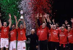 İtalya Kupasında şampiyon Armani Milan