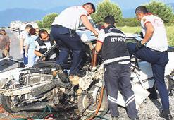 İki araca çarptı hayatını kaybetti