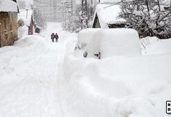 Meteoroloji'den 'kuvvetli fırtına', 'çığ' ve 'yoğun kar' uyarısı