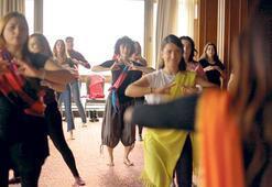 Yoga, Bollywood dans ve Hint yemekleri
