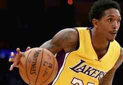 Los Angeles Lakers, Lou Williamsı takasla Houstona gönderdi