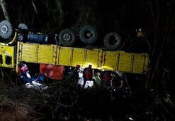 Orman işçilerini taşıyan kamyon devrildi: 2 ölü, 9 yaralı
