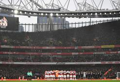 Premier Ligde 10 bininci maç heyecanı