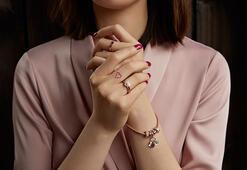Sevgililer Günü'nde kadınlar mücevher istiyor