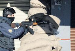 Sur'da çatışma: Dört asker yaralı