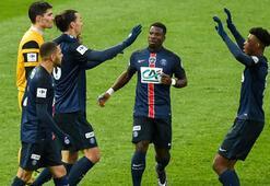 Fransa Liginde PSG en yakın rakibiyle farkı 20 puana çıkardı