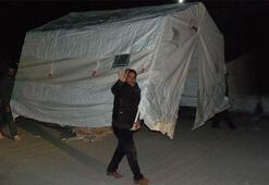 Depremin ardından çadırı alan evine gitti