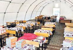 Samsatlı öğrencilere  40 çadırda eğitim
