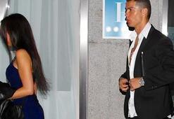 Ronaldonun sevgilisi daha önce dadılık yapmış...