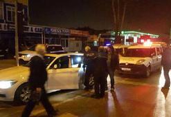 Plakası bantla değiştirilen otomobil polisi alarma geçirdi