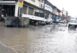 İzmir'e iki günde 60 kilo yağış düştü