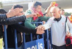 Galatasarayda Linnes, Akhisar kadrosunda...