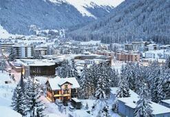 Avrupa'nın en yüksek kasabasında zirve başlıyor